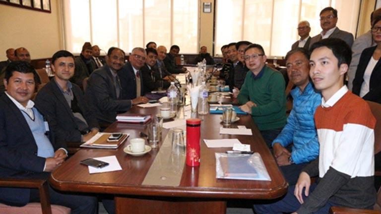 चिनीयाँ उद्यमी र नेपाली उद्यमी बीच महासंघ सचिवालयमा व्यावसायिक भेटवार्ता (बी टु बी मिटिङ) सम्पन्न(२०७४/१०/२१)
