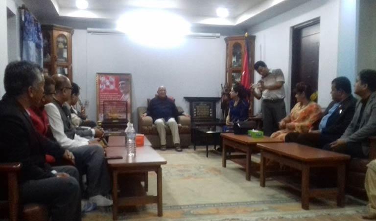 नेकपा (एमाले)का अध्यक्ष समक्ष महासंघ प्रतिनिधिमण्डलद्वारा भेटवार्ता (२०७४/०१/२४)